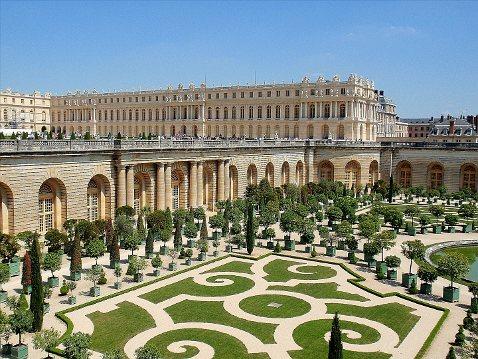 Малахов женится в Версале