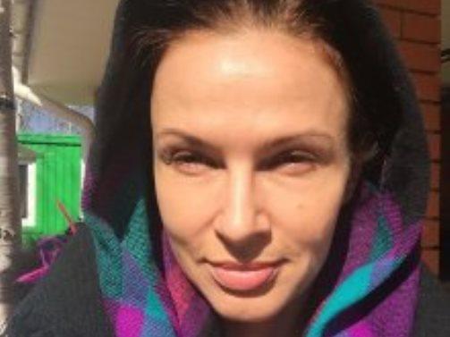 Эвелина Бледанс показала своим фанатам фото без косметики