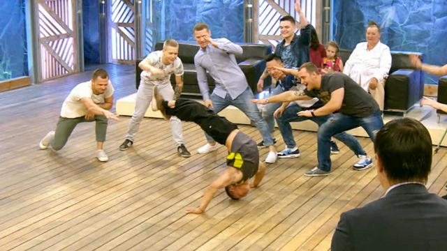 Томские танцоры, поразившие Британию, в гостях у Андрея Малахова!