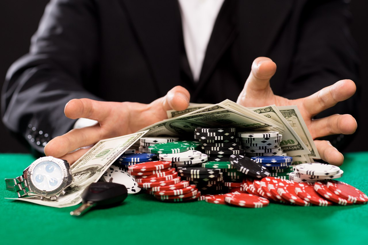 Играть в интернет на деньги: законно ли это